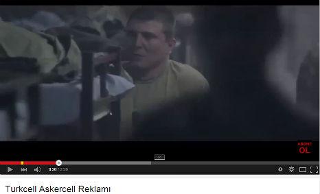 Turkcell Askercell Reklam�'nda, kadromuzda bulunan Do�an �ztayan, G�khan Samsa,  Recep Sunar asker olarak rol ald�.
