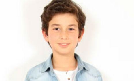Adel K�rtasiye �r�nleri Reklam�'nda oyuncumuz Yi�it Keskin rol ald�.