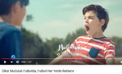 �lker Mutluluk Futbolda Reklam�'nda, �ocuk oyuncumuz Alper Serge Er�zer, rol ald�.