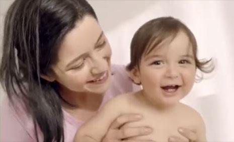 Molfix Mutlu Geceler Mutlu G�nd�zler Reklam�'nda oyuncumuz Adel K�l��, rol ald�