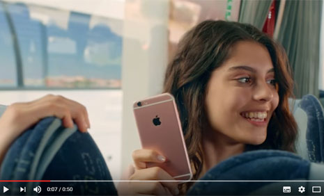 T�rk Telekom Prime ve Apple 6S Reklam�'nda Oyuncumuz Nur Cansu Solak Rol Ald�