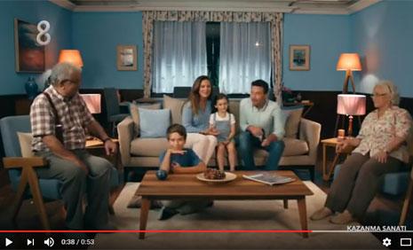 Tivibu A'dan Z'ye Televizyon Keyfi Reklam�'nda Oyuncumuz Brando Morigi, Rol Ald�.