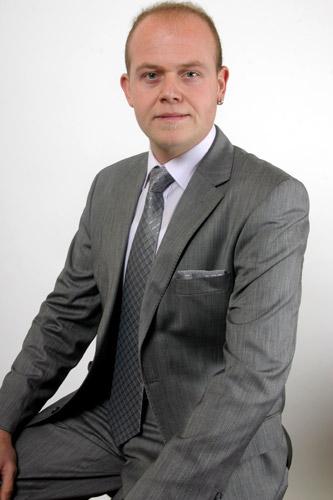 Coca Cola Tv Reklamý'nda oyuncularýmýz Hakký Yenice ve Emre Özel rol aldý. - IMC AJANS