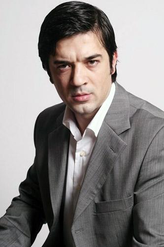 Akbank Tv ve Sinema Reklamý'nda, oyuncularýmýz Özcan Ünsal ve Ýsmail Yorulmaz rol aldý. - IMC AJANS