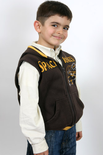 Ariel Clothes Donation Tv Reklamý'nda, çocuk oyuncumuz Sertan Ataman, rol aldý. - IMC AJANS