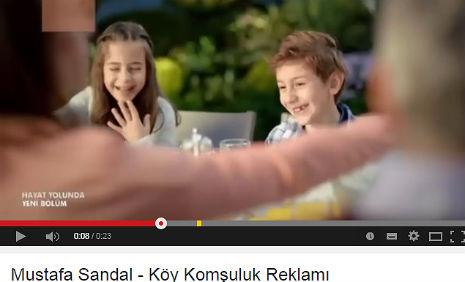 Köy Ýnþaat Reklamý'nda, oyuncularýmýz Azra Nur Kurnaz, Nil Koyuncu, rol aldý. - IMC AJANS