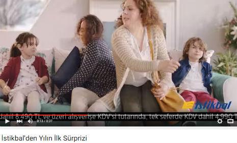 Ýstikbal Mobilya Koltuk Kapmaca Reklamý'nda oyuncumuz Buðra Berat Sarý, rol aldý. - IMC AJANS