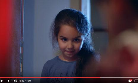 Arap Banka Reklamýnda Oyuncumuz Meral Duru Ölçücü Rol Aldý - IMC AJANS