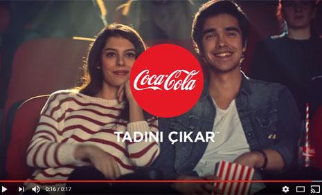 Coca Cola Reklam Filminde Oyuncumuz Nur Cansu Solak Yer Aldý - IMC AJANS