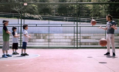 Defacto NBA Koleksiyonu Reklamýnda Çocuk Oyuncumuz Brando Morigi Rol Aldý - IMC AJANS