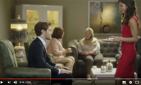 Konfor Mobilya Reklamýnda Oyuncularýmýz Nural Demirhan ve Berkay Çinka Rol Aldýlar - IMC AJANS