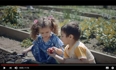NEF Çocuklar için Reklamýnda Oyuncularýmýz Almina Kahraman ve Polat Batur Rol Aldý - IMC AJANS