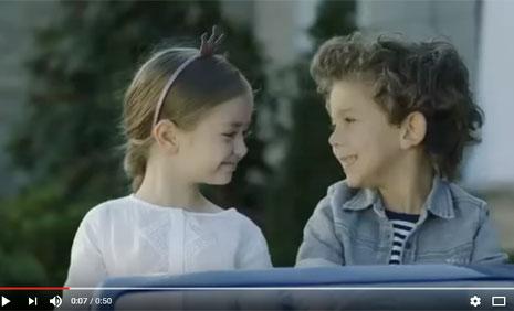 Nissan Akülü Araba Reklamýnda Çocuk Oyuncularýmýz, Alihan Türkdemir ve Mihrimah Cankur Rol Aldýlar - IMC AJANS