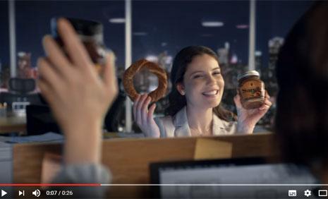 Sarelle Reklam Filminde Oyuncumuz Hande Cömertler Rol Aldý - IMC AJANS