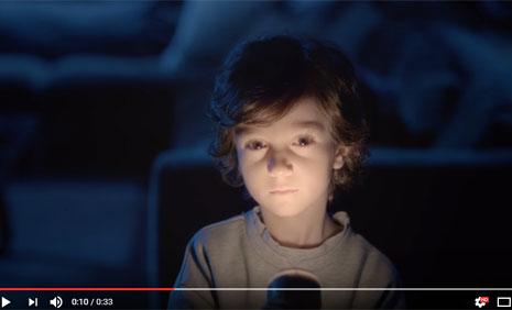 Turkcell TV Plus Reklamýnda Çocuk Oyuncumuz Alp Eren Günberi Rol Aldý - IMC AJANS