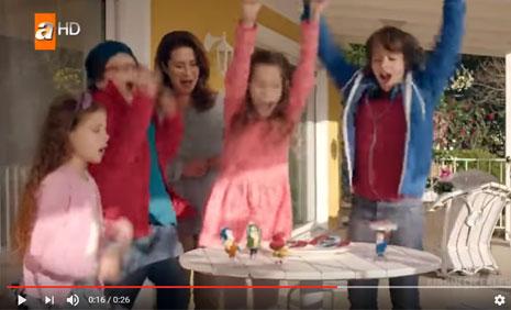 Ülker Smartt Süt Kek Reklamýnda Oyuncumuz, Nil Koyuncu Yer Aldý - IMC AJANS
