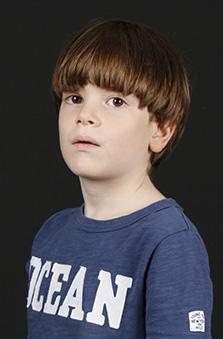 7 Yaþ Erkek Çocuk Cast - Metin Can Hoþgör