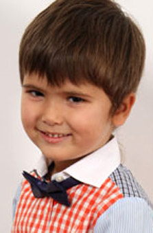 9 Yaþ Erkek Çocuk Manken - Berk Kartal Çetin