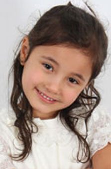10 Yaþ Kýz Çocuk Manken - Sarya Bahar Balsak