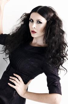 Bayan Oyuncu - Pýnar Taþtepe