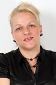 50+ Yaþ Bayan Fotomodel - Esen Erakýn
