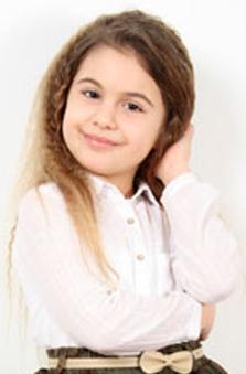 11 Yaþ Kýz Çocuk Oyuncu - Ceren Naz Sezerse