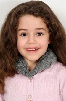 6 Yaþ Kýz Çocuk Oyuncu - Lina Çelik