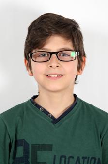 11 Yaþ Erkek Çocuk Cast - Ada Kobal