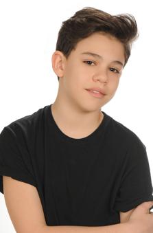 13 Yaþ Erkek Çocuk Cast - Alper Serge Erözer