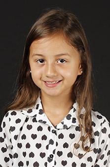 8 Yaþ Kýz Çocuk Oyuncu - Ela Melis Orsoy