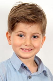 4 Yaþ Erkek Çocuk Oyuncu - Civan Berk Çakmak