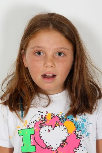 11 Yaþ Kýz Çocuk Oyuncu - Lisa Dorlevi