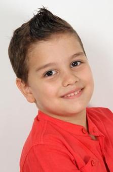 7 Yaþ Erkek Çocuk Oyuncu - Efecan Çapraz
