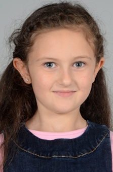 9 Yaþ Kýz Çocuk Manken - Anastasiya Petkoglo