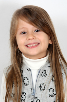 6 Yaþ Kýz Çocuk Oyuncu - Ada Fatma Kolivar