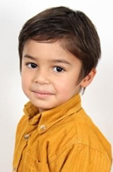 4 Yaþ Erkek Çocuk Oyuncu - Armin Poyraz Eslami