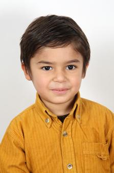 3 Yaþ Erkek Çocuk Manken - Armin Poyraz Eslami
