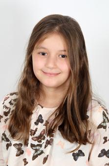 10 Yaþ Kýz Çocuk Cast - Dilara Aydin