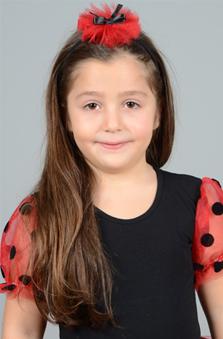 5 Yaþ Kýz Çocuk Cast - Ela Kasap