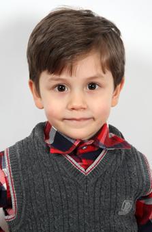 4 Yaþ Erkek Çocuk Oyuncu - Bora Berk Balçýk