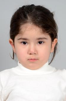 4 Yaþ Kýz Çocuk Cast - Hira Kocabey