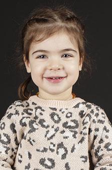 3 Yaþ Kýz Çocuk Cast - Yasmin Aksu