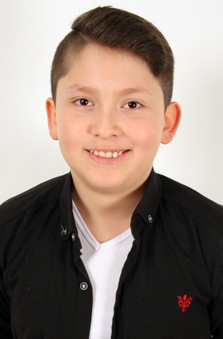 13 Yaþ Erkek Çocuk Cast - Önder Türkmen