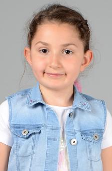 7 Yaþ Kýz Çocuk Oyuncu - Elanur Atalar