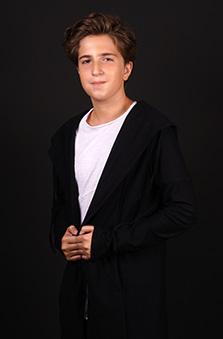 13 Yaþ Erkek Çocuk Cast - Erkan Balcý