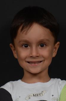 6 Yaþ Erkek Çocuk Oyuncu - Aras Kaan Ayaz