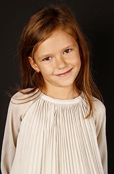 6 Yaþ Kýz Çocuk Manken - Alina Adalý