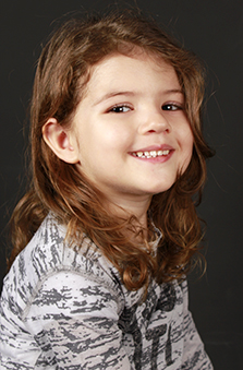 3 Yaþ Kýz Çocuk Oyuncu - Elisa Ünlen