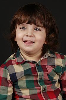 2 Yaþ Erkek Çocuk Oyuncu - Azad Akkurt