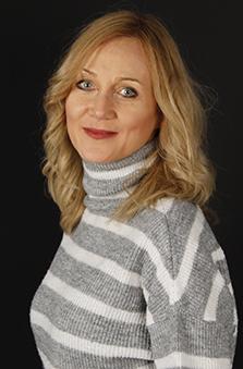 41 - 49 Yaþ Bayan Fotomodel - Tanya Topuz